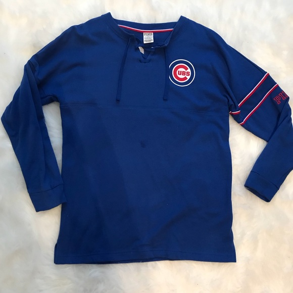 58733ac1650 VS PINK Chicago Cubs Bling Crew. M 5ad5009aa4c48537f7140945